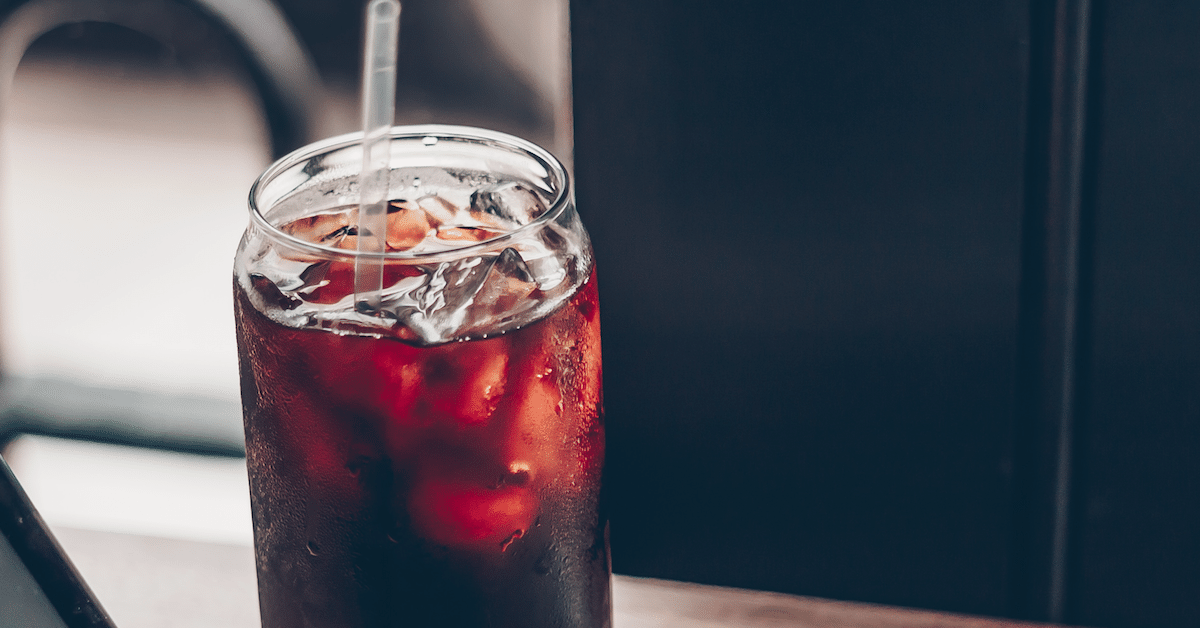 Runsas dieettikolan juominen aiheutti naisen kuoleman – taustalla erikoisia syitä