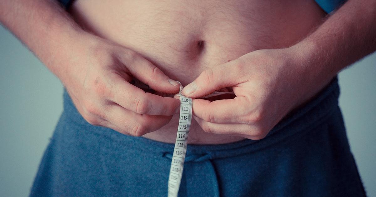 Mies pudotti 50 kiloa vuodessa ilman kuntosalia – kuinka hän teki sen?