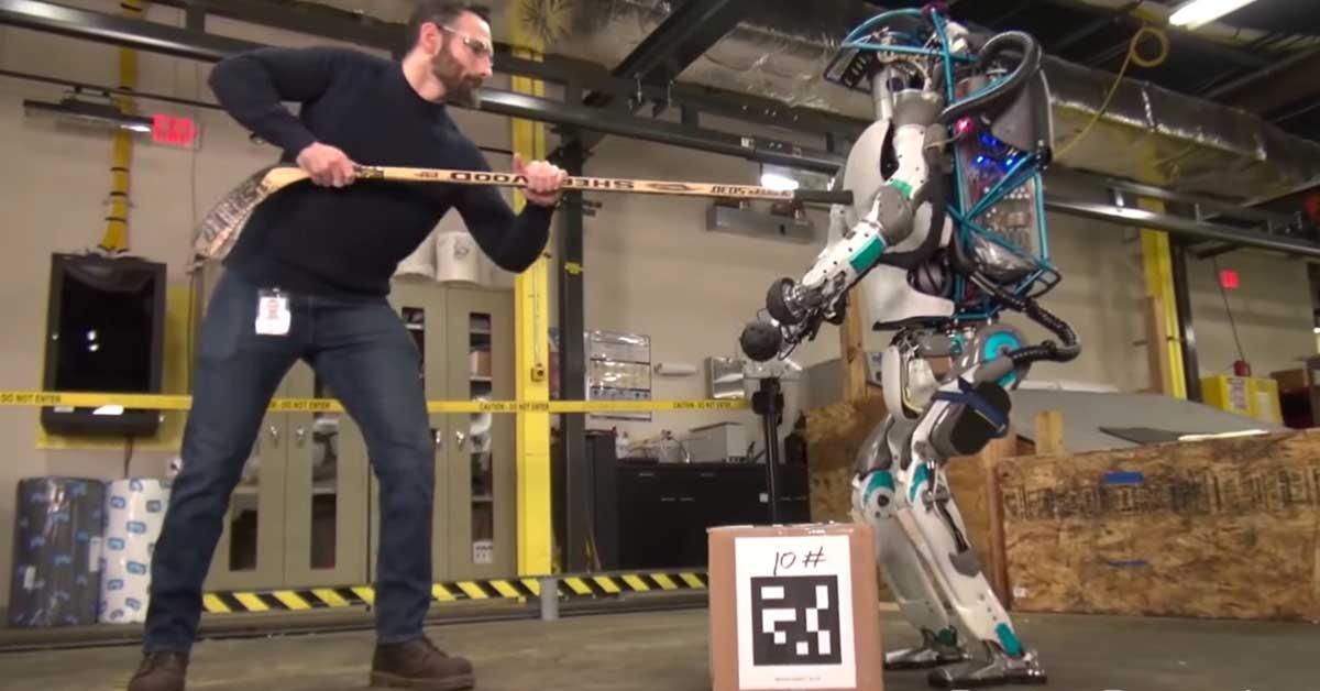 Tämän kiroilevan robotin työ vaikuttaa jokseenkin haastavalta