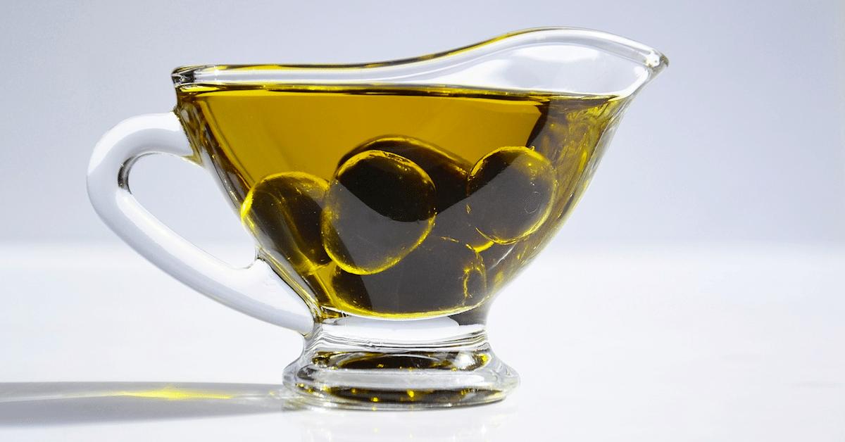 Näin saat ihosi puhtaaksi oliiviöljyn avulla