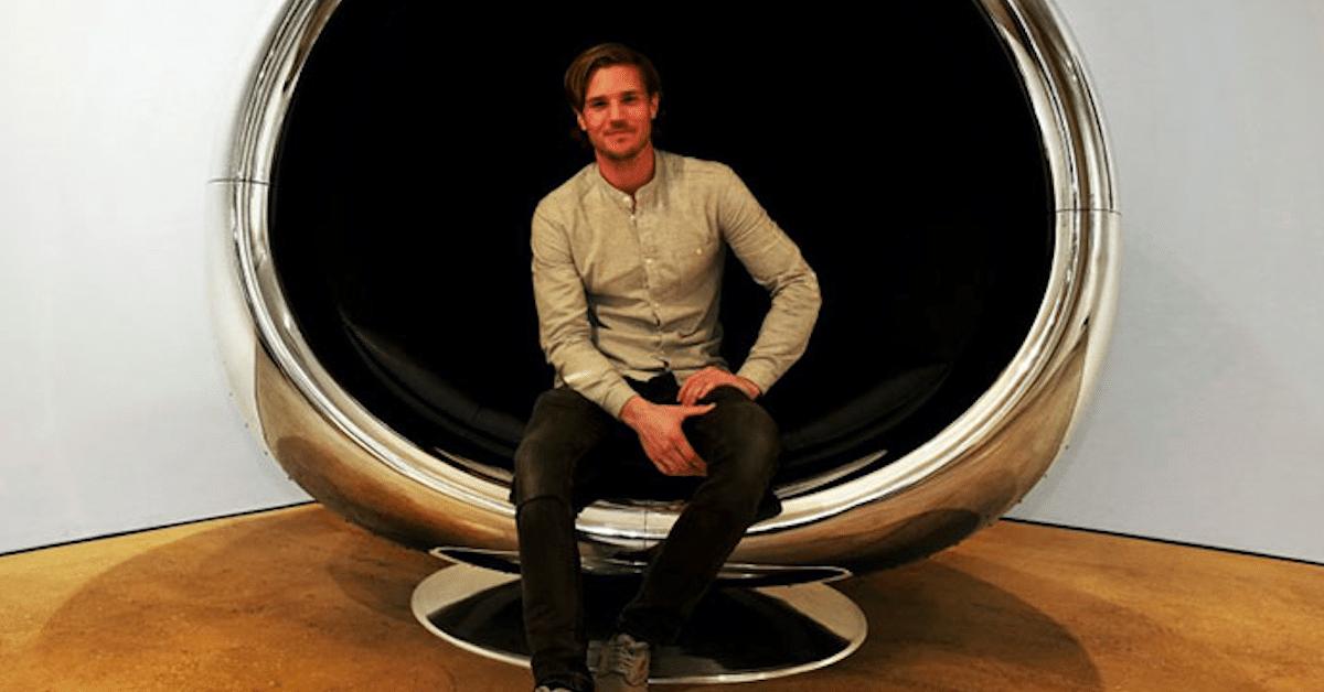 737 Cowling Chair –  Lentokoneen suihkumoottorista tehty tuoli