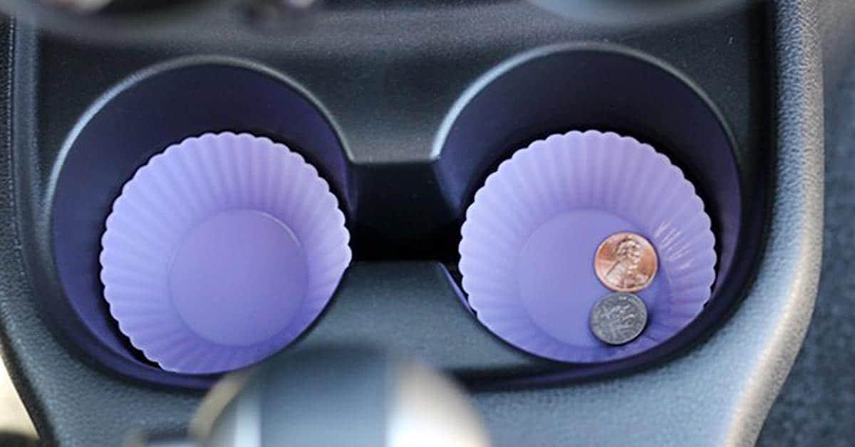 8 näppärää vinkkiä, joilla saat autosi sisätilat järjestykseen