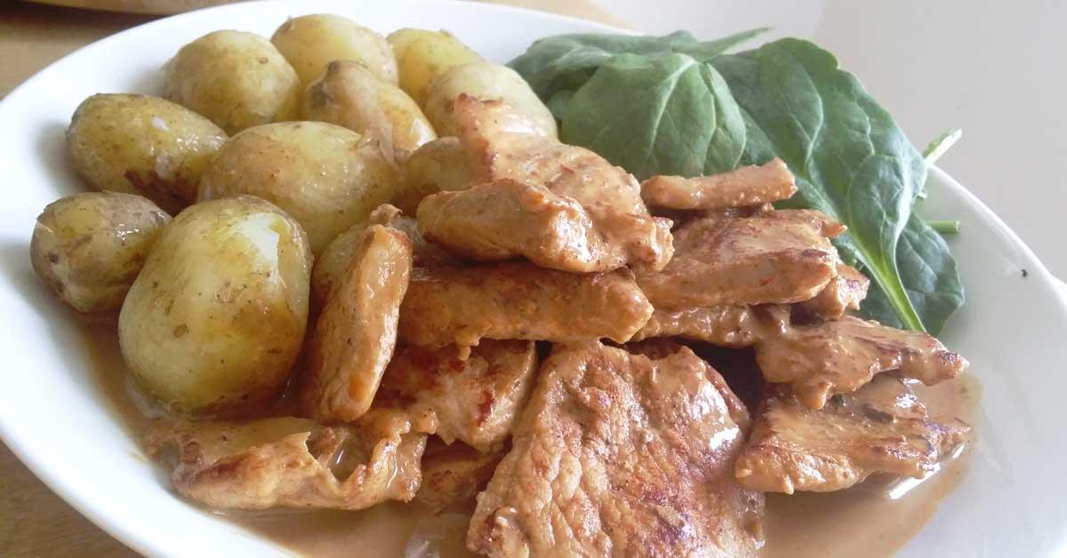 Porsaan ulkofileettä hunajaisessa naga jolokia kermakastikkeessa – maukasta arkiherkkua