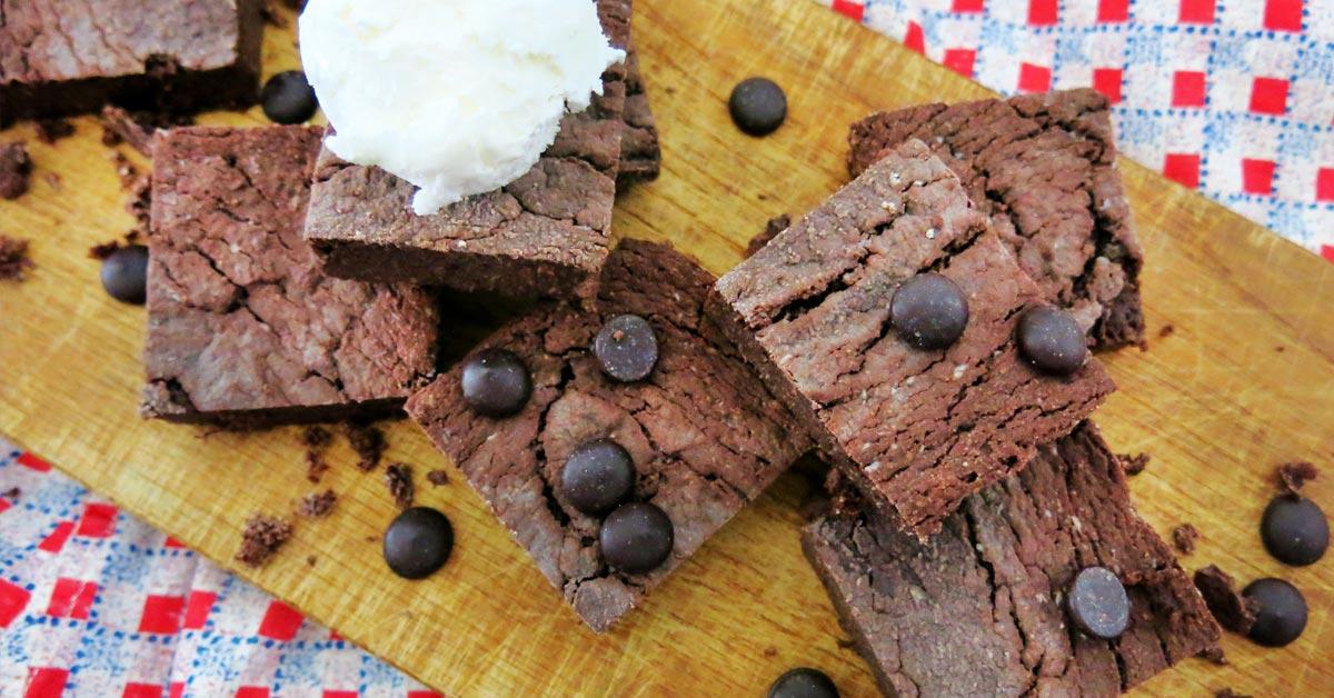 Vegaaniset, sokerittomat ja kevyet browniet ilman gluteenia