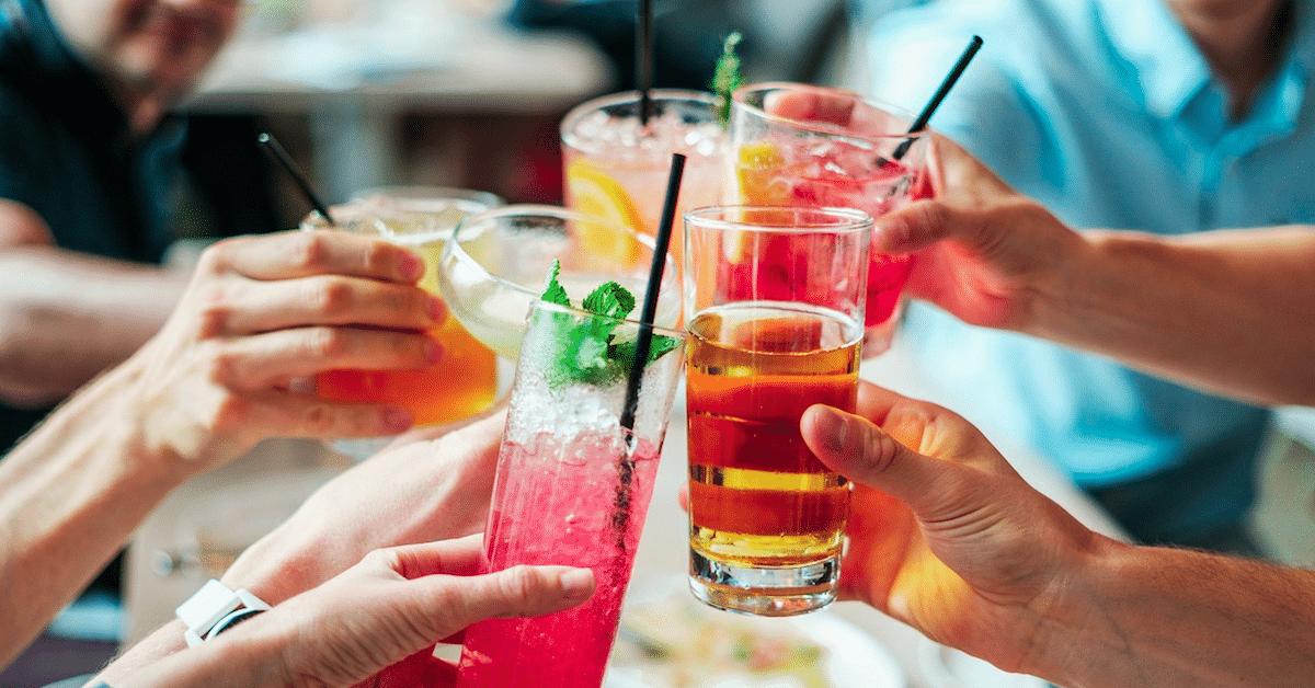 11 vähäkalorista drinkkiä – lue ravitsemusterapeuttien vinkit