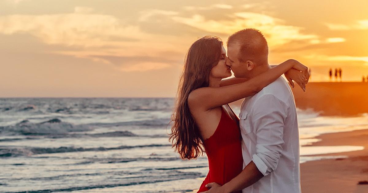 Tutkimus: kilteillä ja epäitsekkäillä ihmisillä on parempi seksielämä