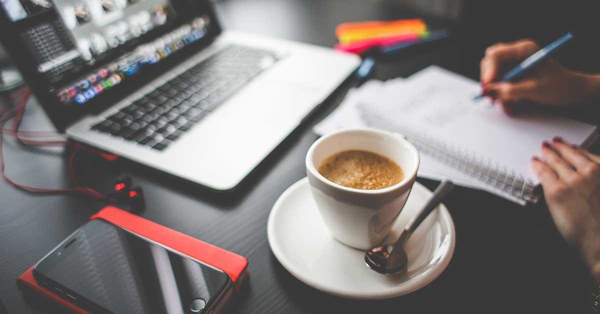 Ammatit, joissa juodaan eniten kahvia – top 10