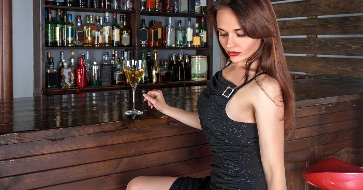 Älykkäimmät naiset ovat kovimpia juomaan – Paljastuksia laajasta tutkimuksesta