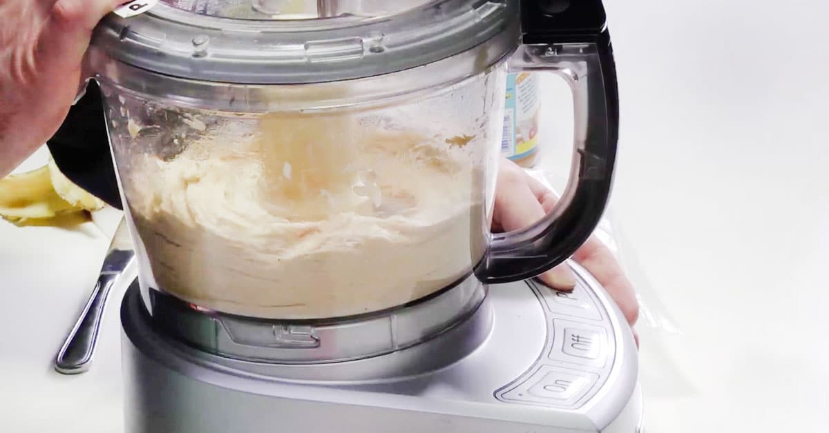 2 raaka-aineen jäätelö – helppo ja herkullinen jälkkäri on tässä!