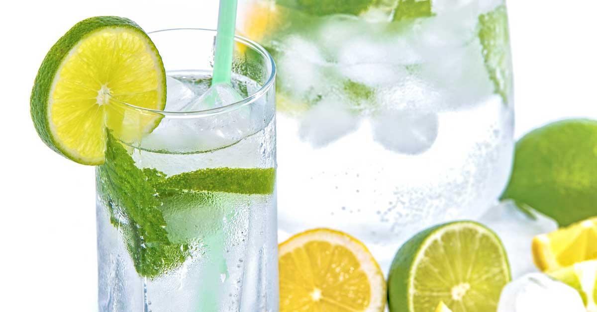 Nämä 3 juomaa ovat painonpudotuksessa tehokkaampia kuin sitruunavesi
