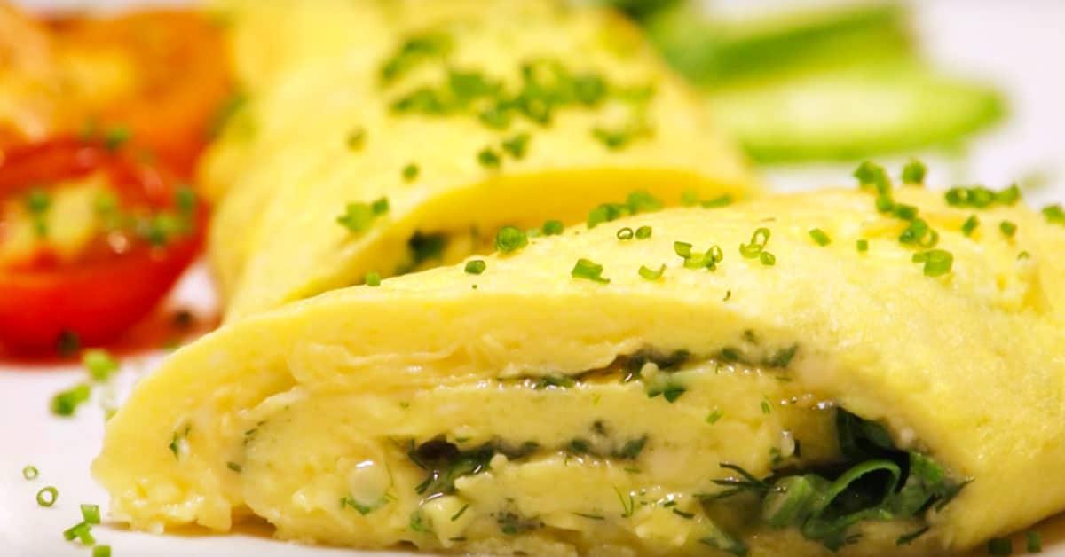 Yrtti-juusto-omeletti
