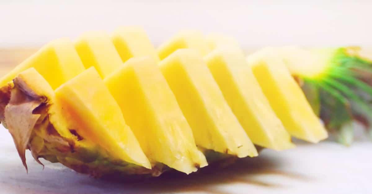 Terveellistä ananasta tarjolle nopeasti ja tyylillä!