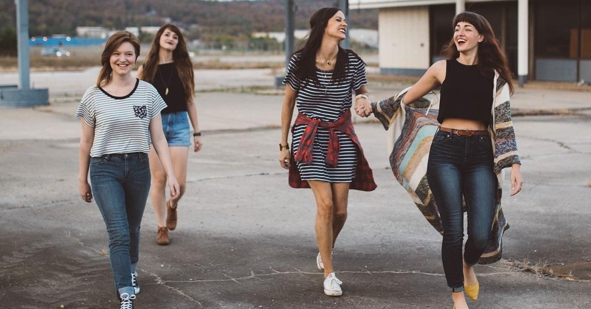 Ystävät ovat terveydelle yhtä tärkeitä kuin liikunta, kertoo tuore tutkimus