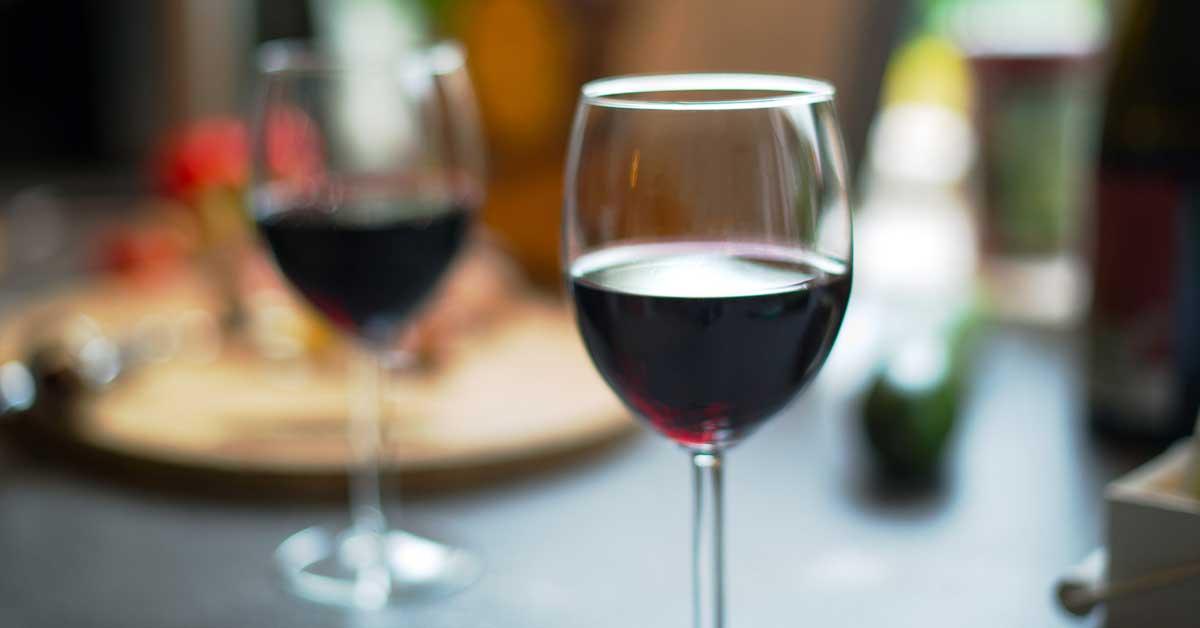 Tutkimus: Viini on hyväksi sydämelle ja verisuonille vain tässä tapauksessa