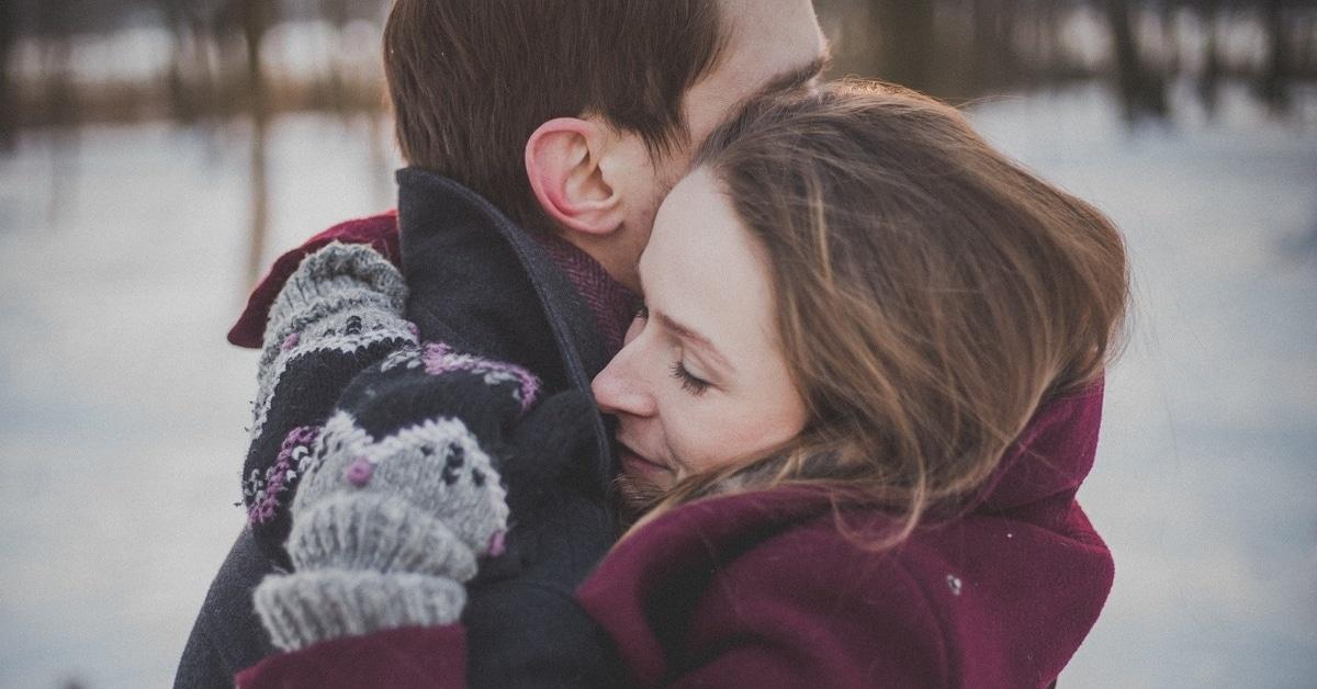 """18 miehen tapaa salaa sanoa """"Rakastan sinua"""""""