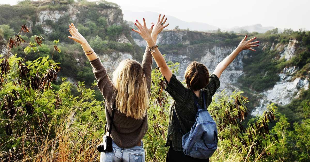 8 syytä matkustaa parhaan ystävän kanssa – tee näin ainakin kerran elämässässi