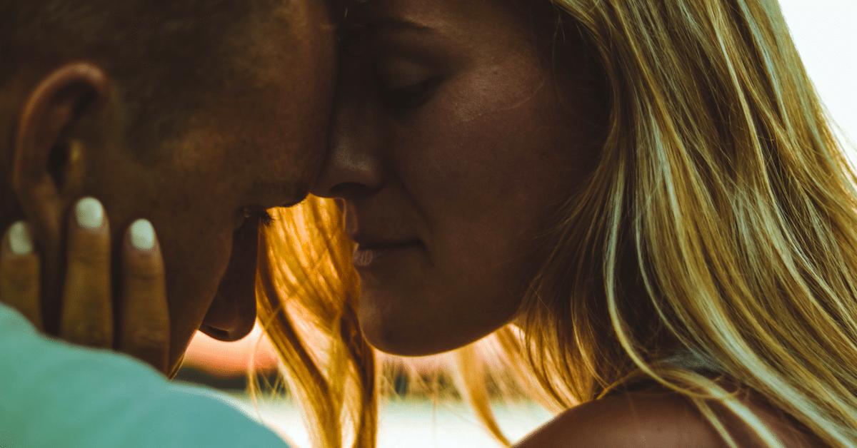 10 varmaa merkkiä siitä, ettet luota kumppaniisi