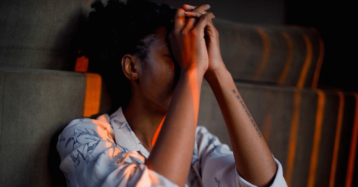 Nämä 7 fyysistä oiretta kertovat, että sinulla on stressiä