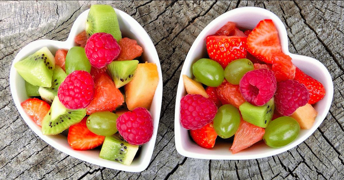 Raskaana olevien naisten kannattaa syödä hedelmiä – Lapsesta voi tulla viisaampi