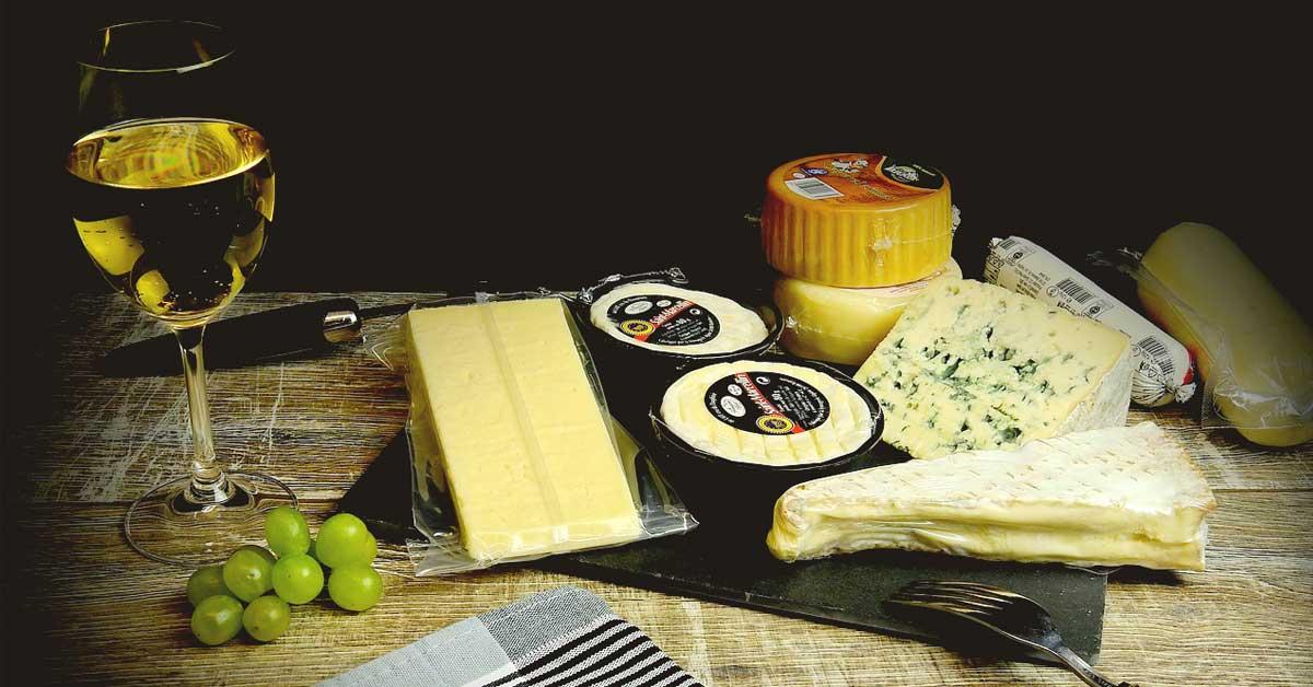 Kätevä vinkki juustojen tarjoiluun