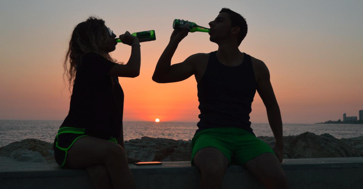 Ovatko yhdessä juovat pariskunnat muita onnellisempia?