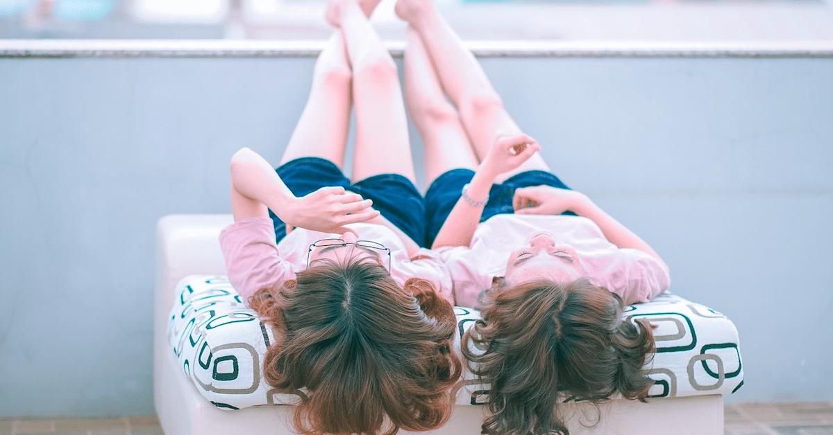 Asiantuntijoiden mukaan lesbosuhteissa elävät naiset saavat enemmän orgasmeja kuin heteronaiset