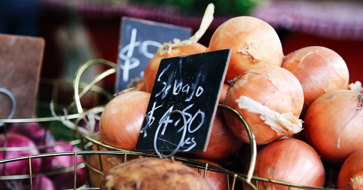 10 asiaa, joita jokaisen naisen tulisi syödä enemmän