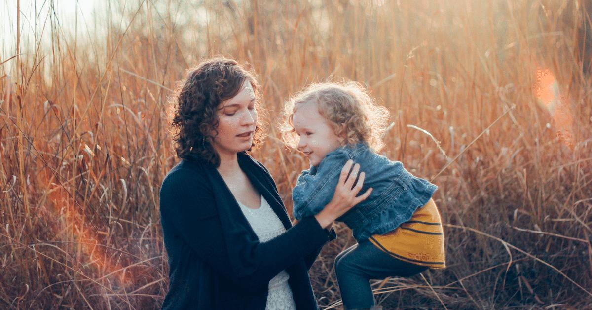 10 takuuvarmaa merkkiä siitä, että olet kuin äitisi