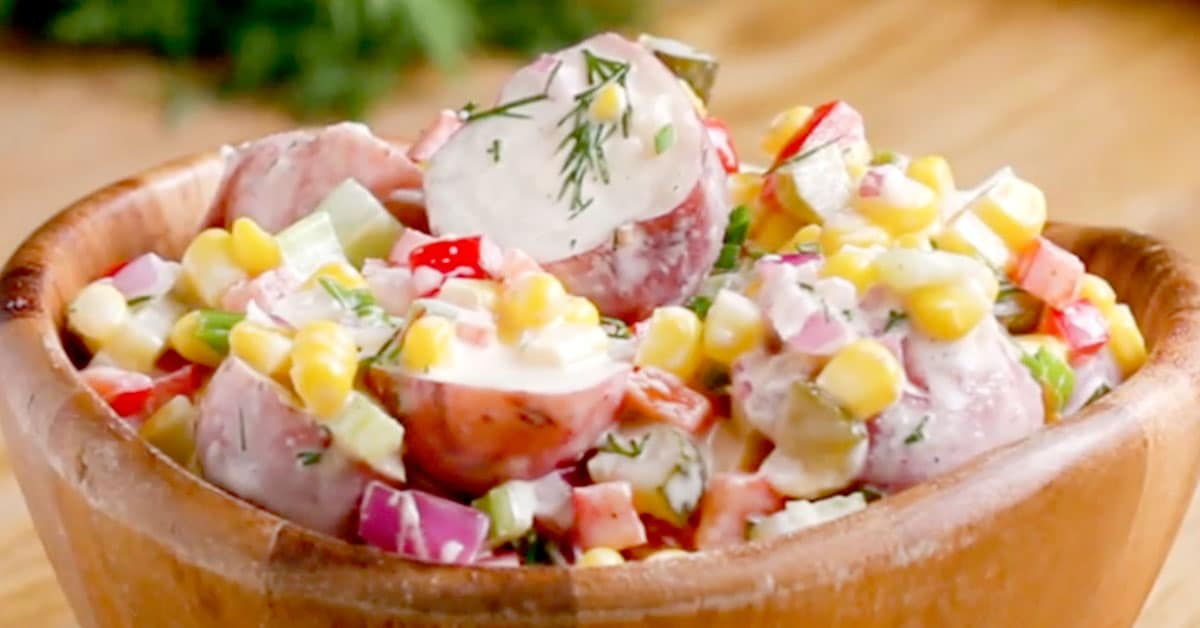 Kesäinen perunasalaatti – täydellinen lisuke grilliherkuille