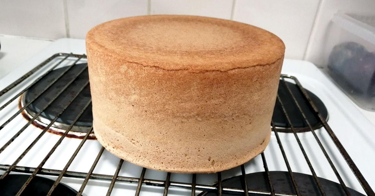 0,7 Kakkupohja – täydellisen kakkupohjan ohje