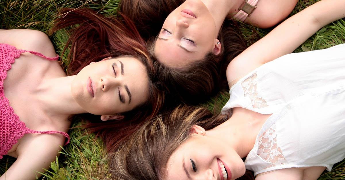 Nuoret aikuiset haluavat pysytellä sinkkuina, paljastaa Tinderin teettämä tutkimus