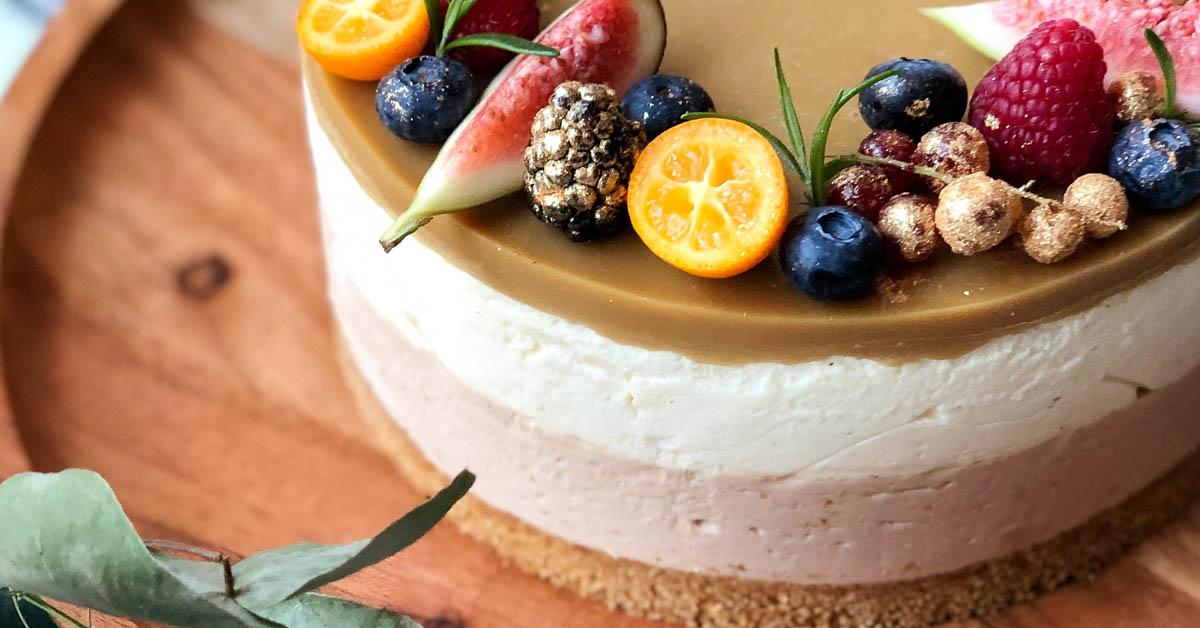 Valkosuklaa-nougat-kinuskijuustokakku – tätä herkullisemmaksi kakku ei voi muuttua