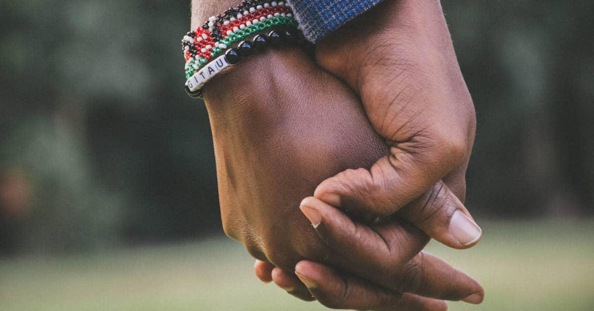 5 syytä miksi pelaaminen voi lähentää parisuhdetta