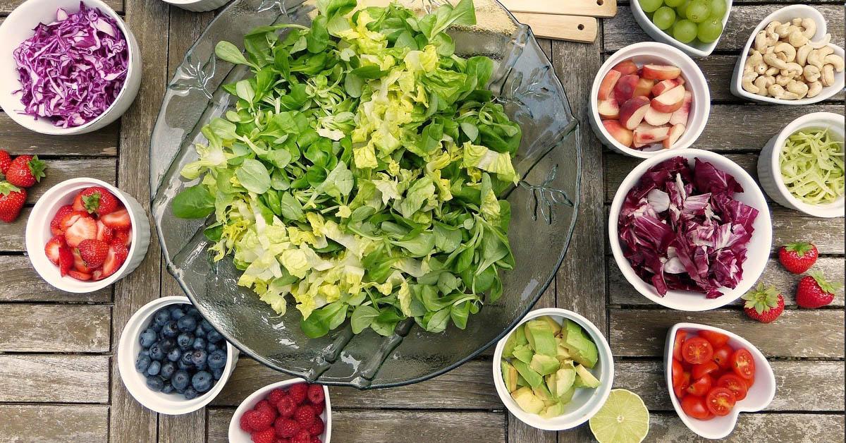 Julkkisten suosimalla 16/8 dieetillä on monenlaisia vaikutuksia hyvinvointiin