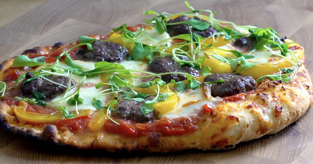 Potkupihvipizza – miedosti tulinen, mehukas ja rapea